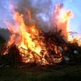 """""""Wann wird denn endlich angemacht?"""" Die jüngsten Gäste konnten es kaum abwarten, bis endlich das diesjährige Osterfeuer angezündet wurde. Als es schließlich brannte, wurde es Allen richtig schön warm. Viele […]"""